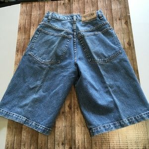utility Shorts - Utility light blue jean shorts in size 28 GUC